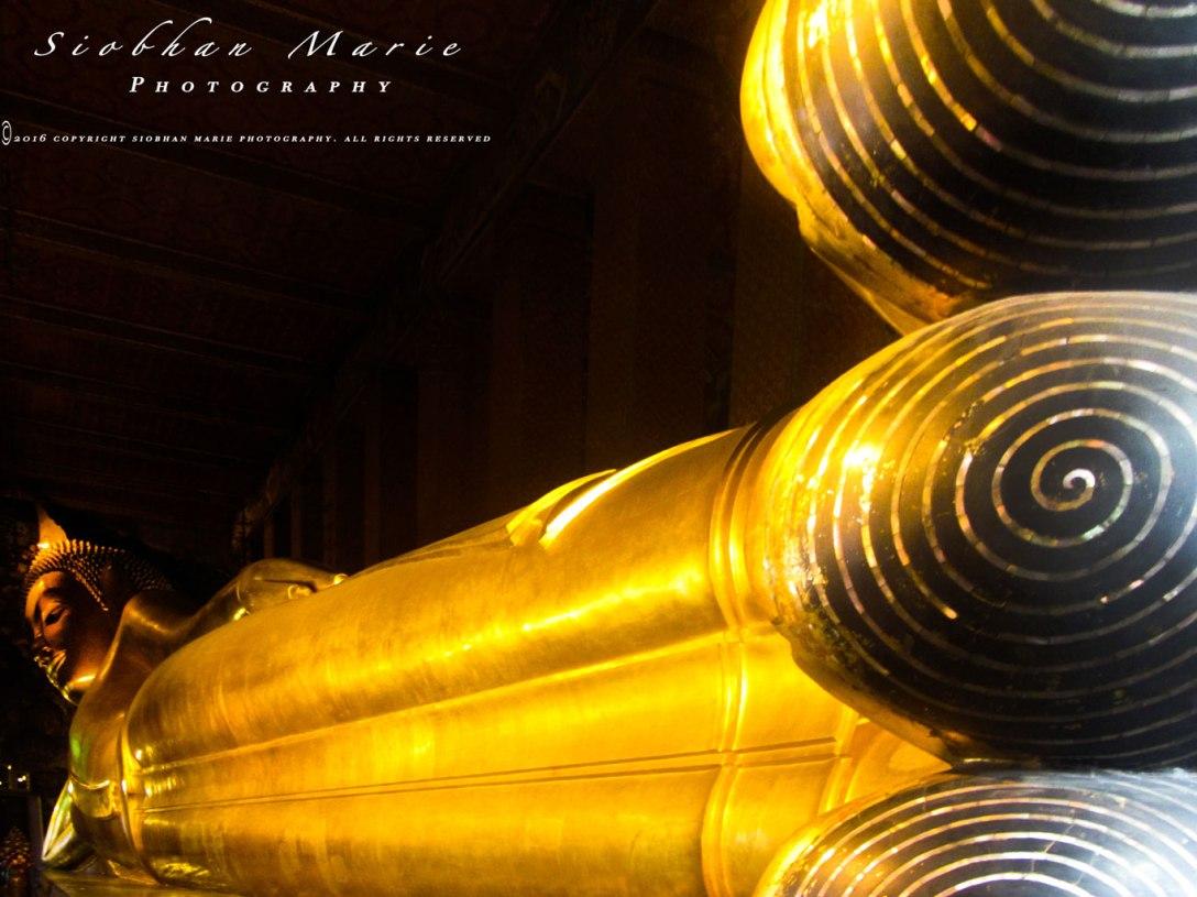 Reclining buddha, Bangkok by Siobhan @ www.siobhanmariephotography.com